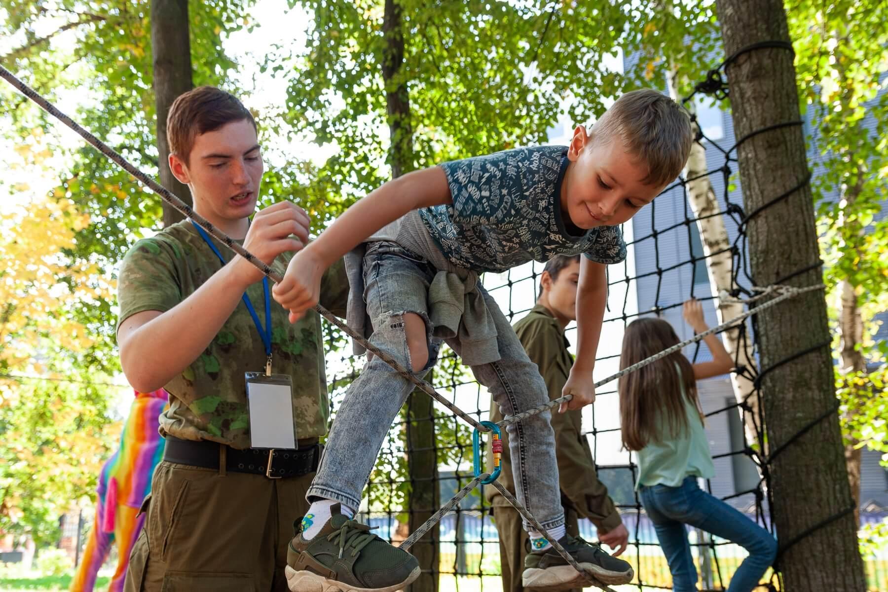 Веревочная полоса препятствий для детей
