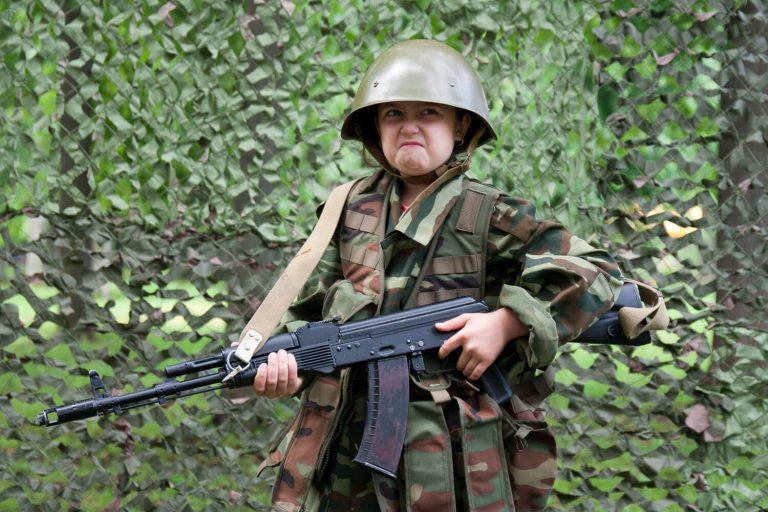 дети в военной форме фото