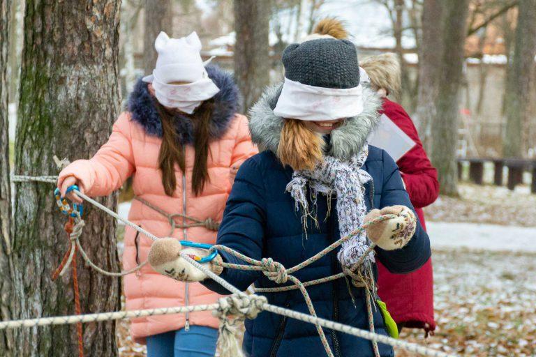 эстафеты для детей на улице зимой