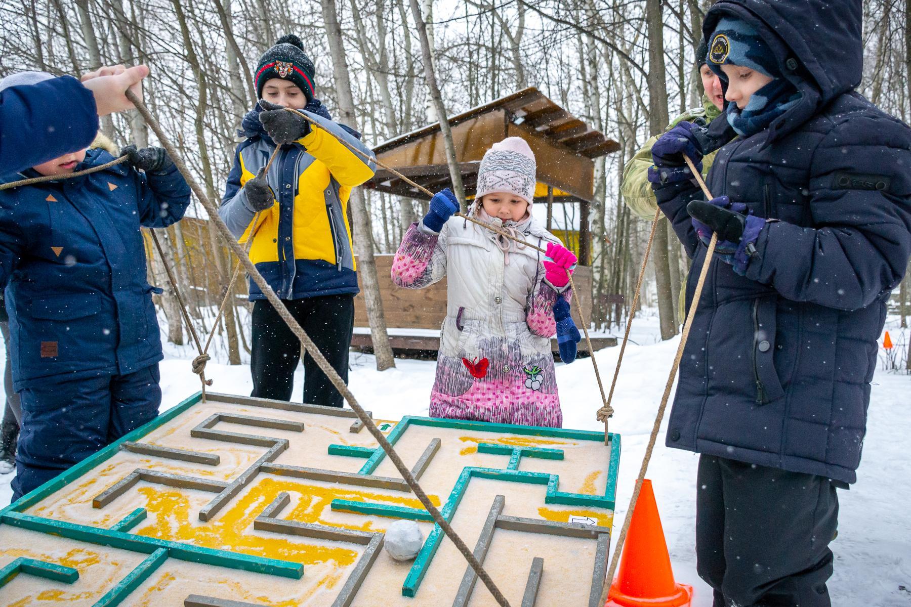 зимние игры на улице