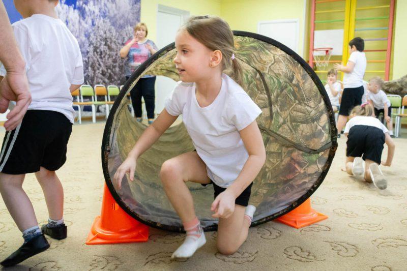 Игра на 23 февраля в детском саду