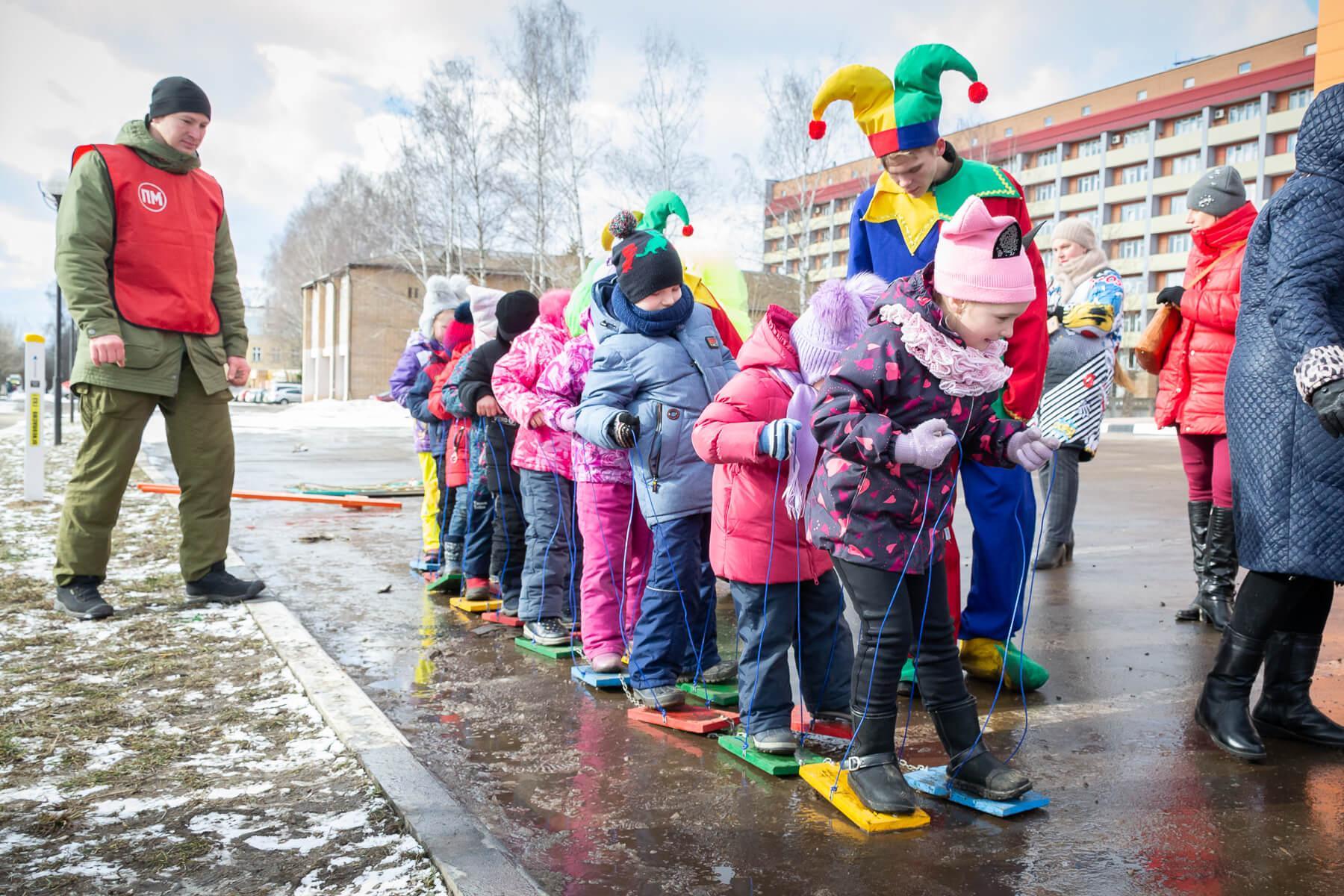 Уличные игры на масленицу для детей
